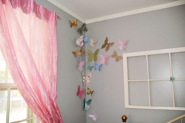 Diy Wall Decoration For A Girl S Bedroom A Good Tired